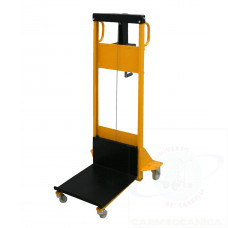 Mini hand winch stacker with automatic friction brake